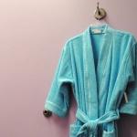 063666431bc61d4f3ce04f247e7b778b_1-use-bathrobe-as-barrier_300x300_gallery